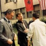 Z radnice do válkou zpustošeného Kosova. Základy svobodného státu nastavoval po ukončení konfliktu také bývalý český primátor